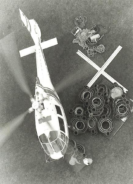 Kesseleinbau mit Hilfe eines Hubschraubers